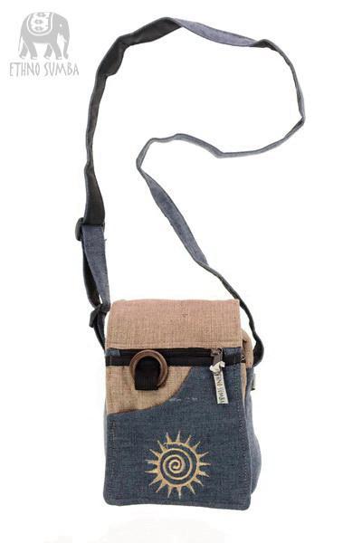 d62909071 Malá taška PASSPORT BAG sivá - 173